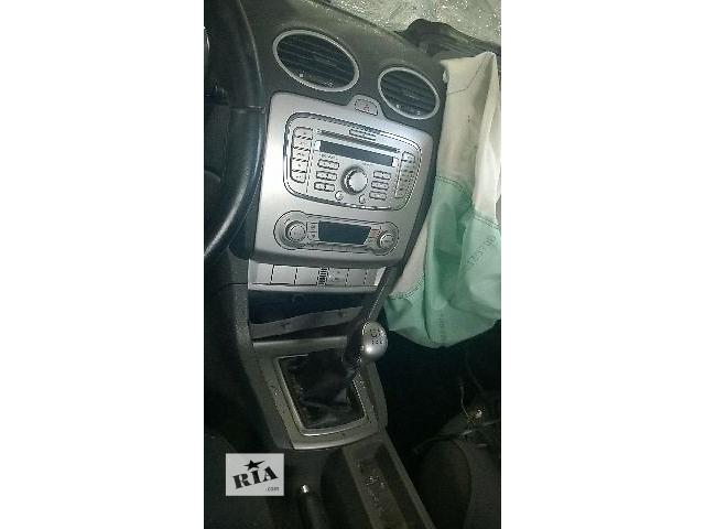 продам Б/у автомагнитола для легкового авто Ford Focus 2008 бу в Тульчине