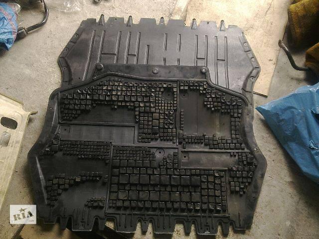 б/у Деталі двигуна Подушка мотора Легковий Volkswagen Caddy 2009- объявление о продаже  в Львові