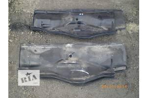 б/у Пластик под лобовое стекло Opel Kadett