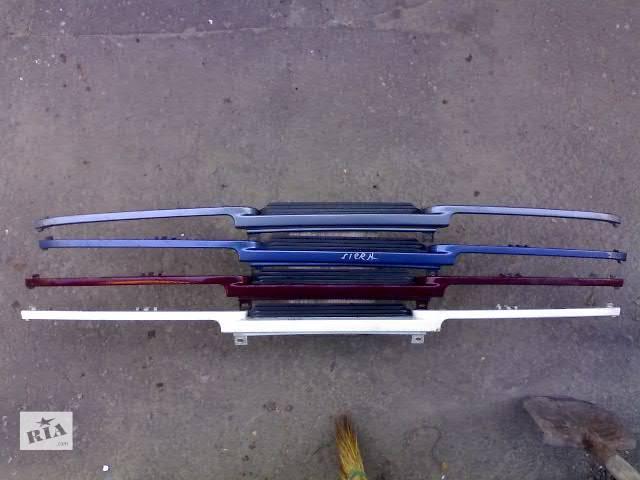 купить бу Б/у Детали кузова Ресничка Легковой Ford Sierra в Сумах