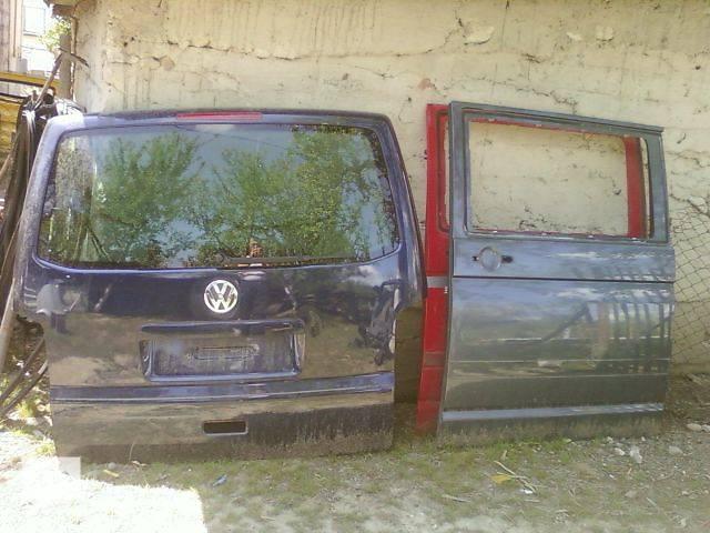 купить бу б/у Двери/багажник и компоненты Дверь задняя Легковой Volkswagen T5 (Transporter) 2008 в Виноградове