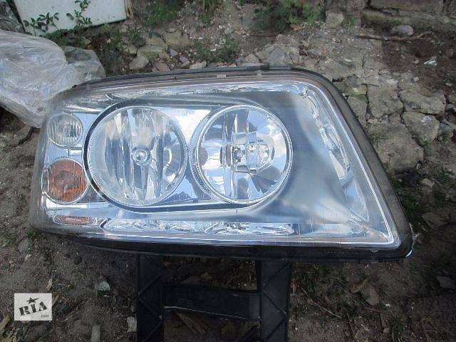 купить бу б/у Электрооборудование кузова Фара Легковой Volkswagen T5 Myltivan 2008 в Ковеле