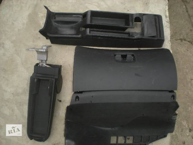 продам б/у Компоненты кузова Внутренние компоненты кузова Легковой Volkswagen B5 бу в Ивано-Франковске