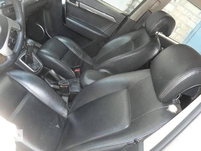 купить бу б/у Кожанный салон (сидения, карты, обшивка, торпедо)  Chevrolet Captiva 2007 в Киеве