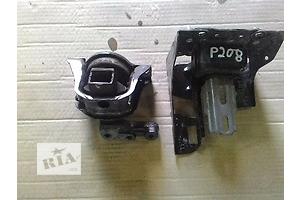 б/у Подушки мотора Peugeot 208