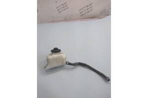 Бачок главного тормозного цилиндра Lexus RX 350 (USA) 13231140390