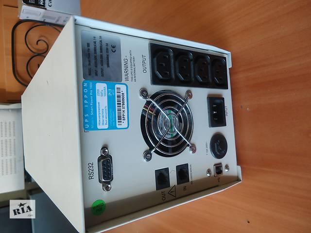 купить бу   Бесперебойник Ippon Smart Power Pro 1000  в Нежине