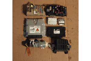 Блок управления двигателем Иммобилайзер замок  SUBARU LEGACY OUTBACK 2.0 D 06-09 Комплект под заказ 4-8 дн.