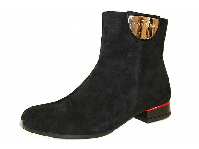 купить бу Ботинки замшевые золотая пластина 9217б1 в Николаеве