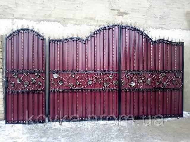 бу Кованые ворота с калиткой из профнастилом, код: Р-0164 в Ладыжине