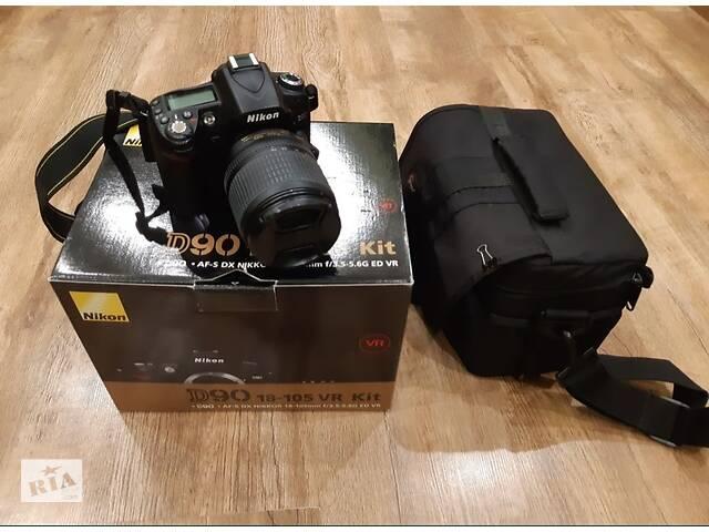 Фотоаппарат Nikon D 90.