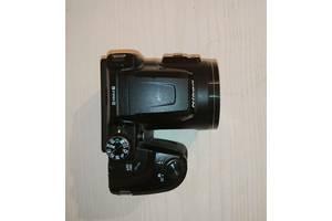Компактна напівпрофесійнa цифрова фотокамера Nikon Coolpix B500