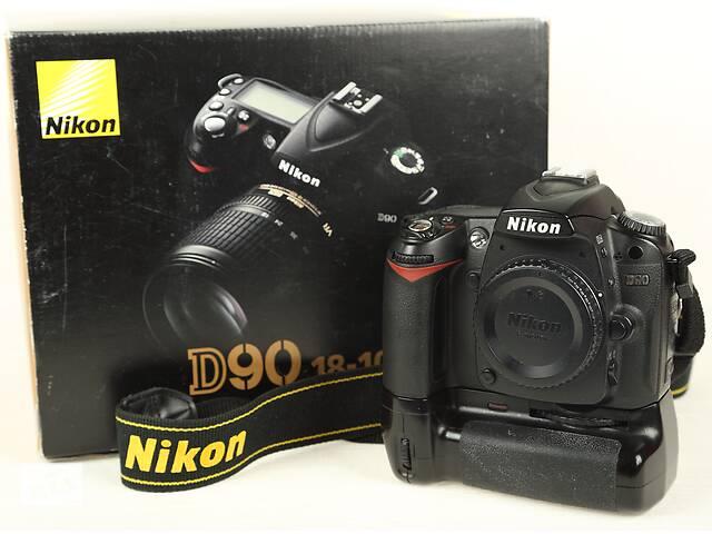 продам Nikon D90 body + бат.блок бу в Одессе