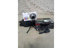Продам цифровой фотоаппарат Pentax Optio E80