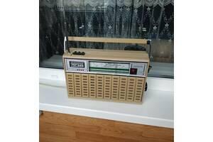 Радиоприёмник VEF 242