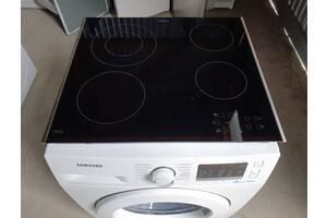 Сенсорная стеклокерамическая варочная поверхность Whirlpool 58 cm / Made in Italy / AKT 8130/LX