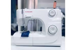 Швейная машина Singer 8280 (б/у)1557