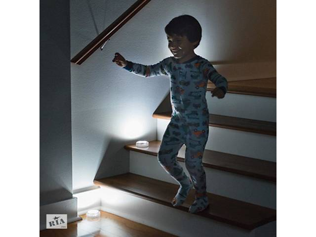 купить бу Універсальний точковий світильник Atomic Beam Tap Light, точкове підсвічування, міні світильник SKL11-178316 в Харкові