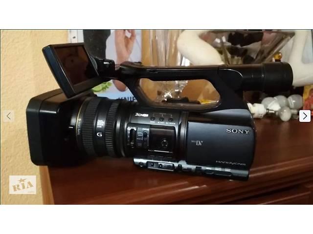 бу Видеокамера Відеокамера Sony DCR-VX2200  в Дрогобичі