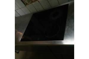 Индукционная плита со столом