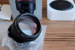 Нові Портретні об'єктиви Canon