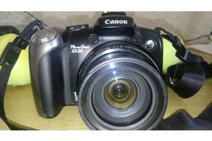 б/в Напівпрофесійні фотоапарати Canon PowerShot SX120 IS