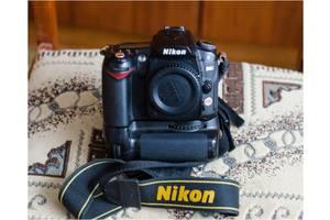 б/в Дзеркальні фотоапарати Nikon D90