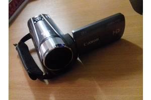 б/у Профессиональные видеокамеры Canon Legria HF R26