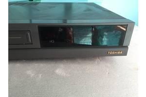 б/в Відеокамери, відеотехніка Toshiba