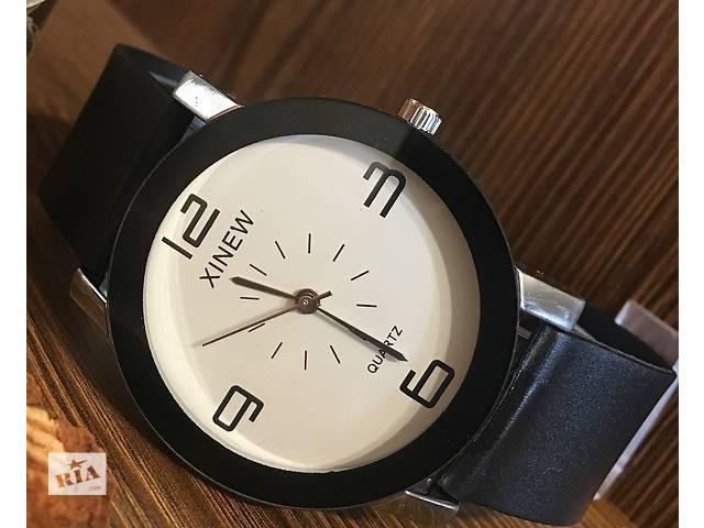 бу Модные женские часы xinew в Херсоне