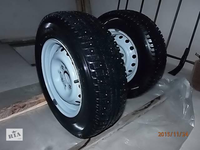 продам Два колеса зимней шипованной резины для ВАЗ классики бу в Шостке
