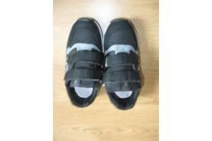 б/в Дитячі кросівки