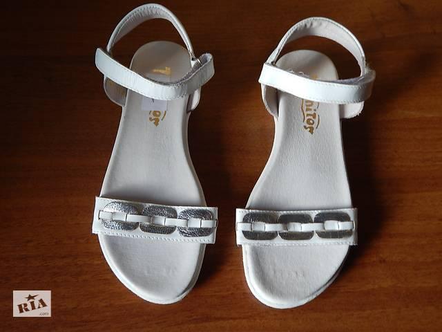 eecd2f402df03e Продам нові шкіряні босоніжки Tiranitos - Дитяче взуття в Чернігові ...