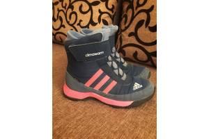 б/у Детские зимние ботинки Adidas