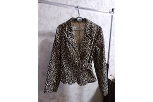 Продам пиджак вельветовый с леопардовым принтом