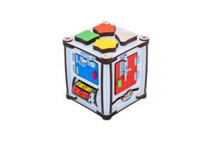 """Развивающий бизиборд GoodPlay """"Кубик развивающий"""" 17х17х18 с подсветкой на батарейках, разноцветный"""