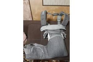 Рюкзак-кенгурушка для переноски детей. 8 в 1.  Состояние отличное!