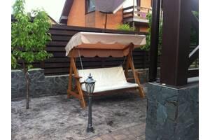 Садовые качели, выдерживают 400 кг. Ширина сидения 180 см., глубина 60см, высота спинки 60 см. Общие габариты: