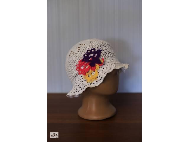 купить бу Вязаные крючком стильные детские шляпки-панамки с элементами декора в Тернополе