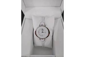 Новые Наручные часы женские Pierre Lannier