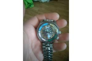 Антикварные часы Orient