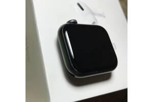 Apple Watch 40  мм  6 серия черного  цвета