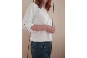 Белая стильная блузка - рубашка с серебристыми пуговицами H&M