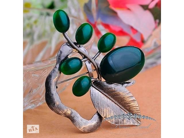 """Брошь с камнями женская """"Листик""""- объявление о продаже  в Червонограде"""
