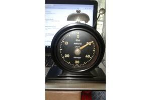 часы-таймер янтарь 1962 год