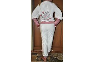 б/в Жіночі спортивні костюми