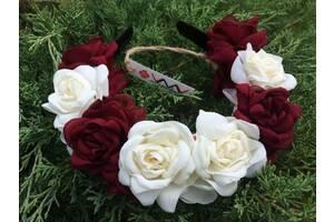Ободок Бордові та білі троянди
