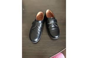 Продам кожаные туфли на мальчика