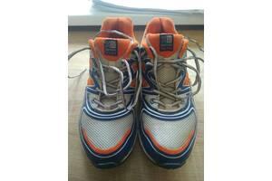 Продам кроссовки karrimor D30