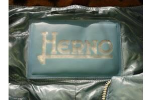 продам орtгинальну курточку Herno